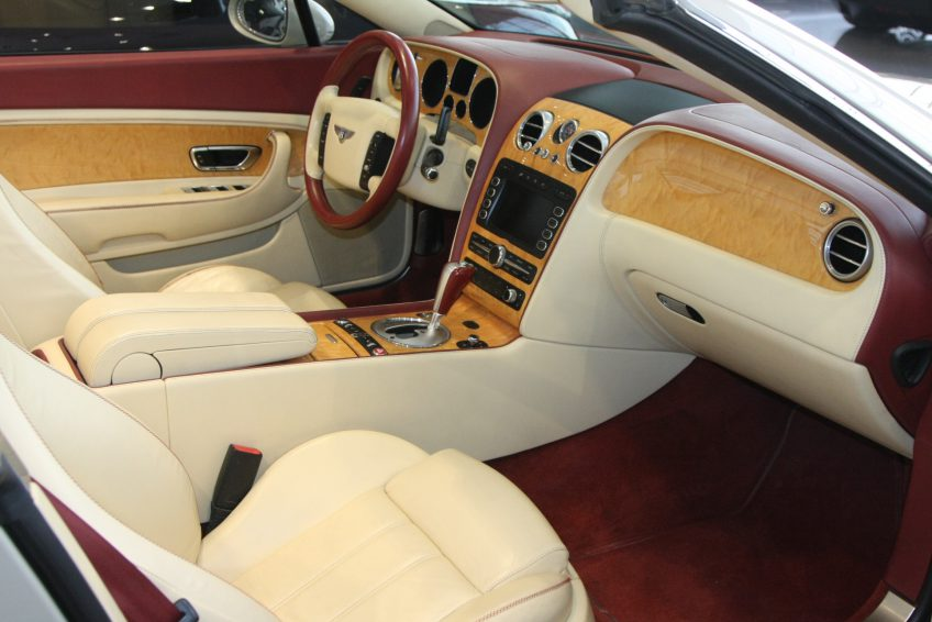 Used Bentley Continental sedan dashboard