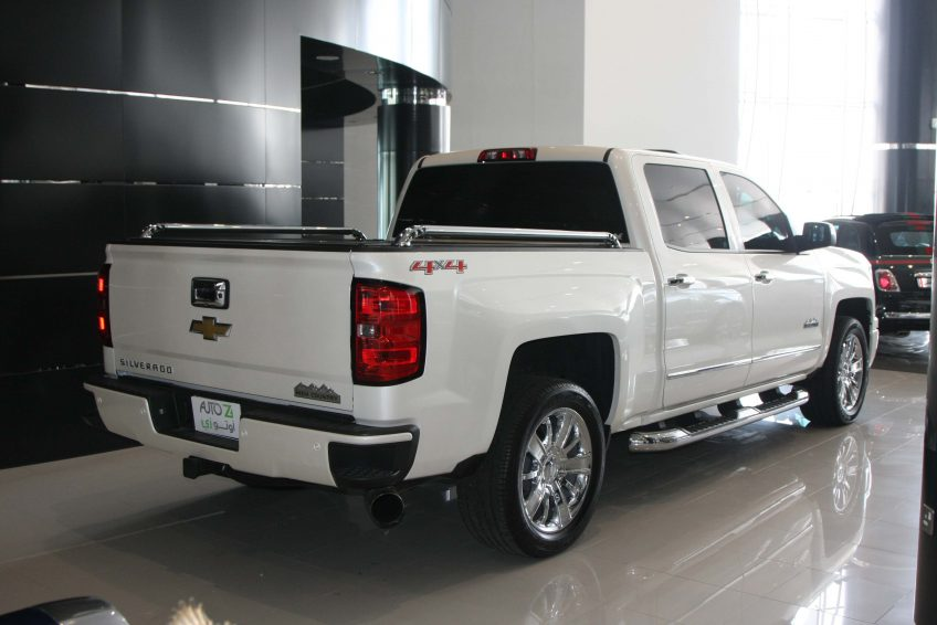 White Chevrolet Silverado – LTZ 2014 at autoz Qatar