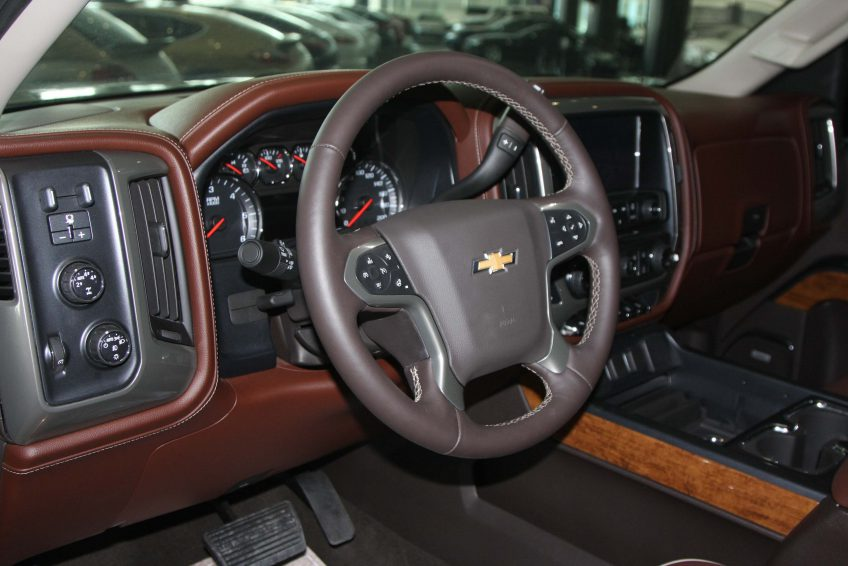 White Chevrolet Silverado – LTZ 2014 dashboard