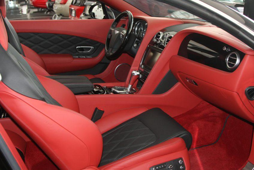 Used Black Bentley Continental GT interior