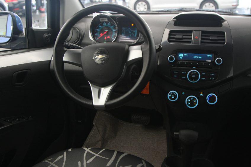 Chevrolet Spark 2015 dashboard