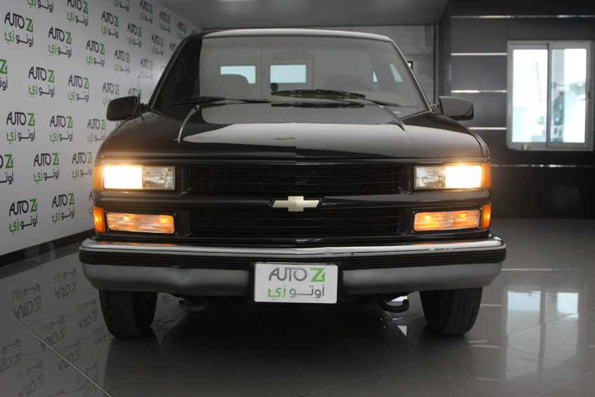Black Chevrolet Silverado V8 1994 at autoz Qatar