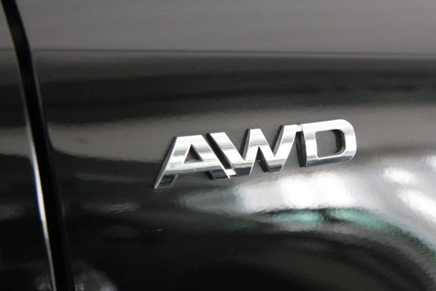 صورة سيارة كيا سبورتاج سوداء جديدة من اوتو زي قطر