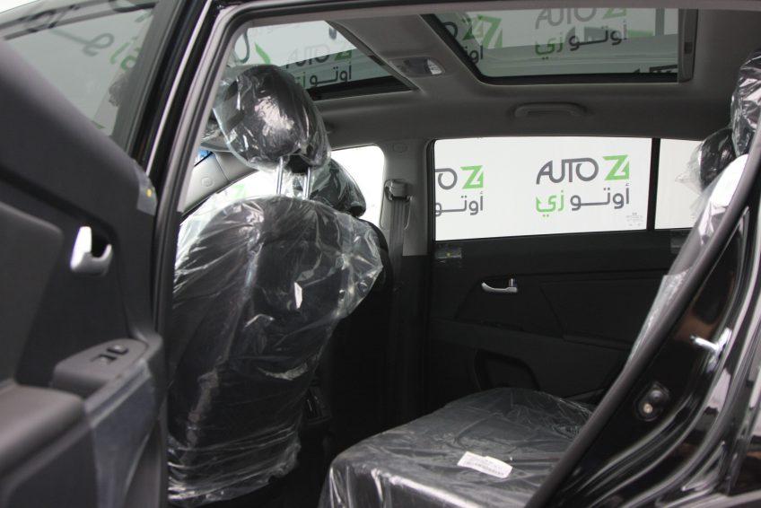 المقاعد الخلفية لسيارة كيا سبورتاج سوداء جديدة من اوتو زي قطر