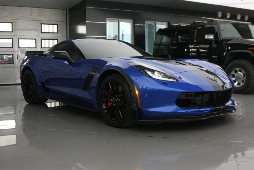 Blue Chevrolet Corvette ZO6 V8 2016 at autoz