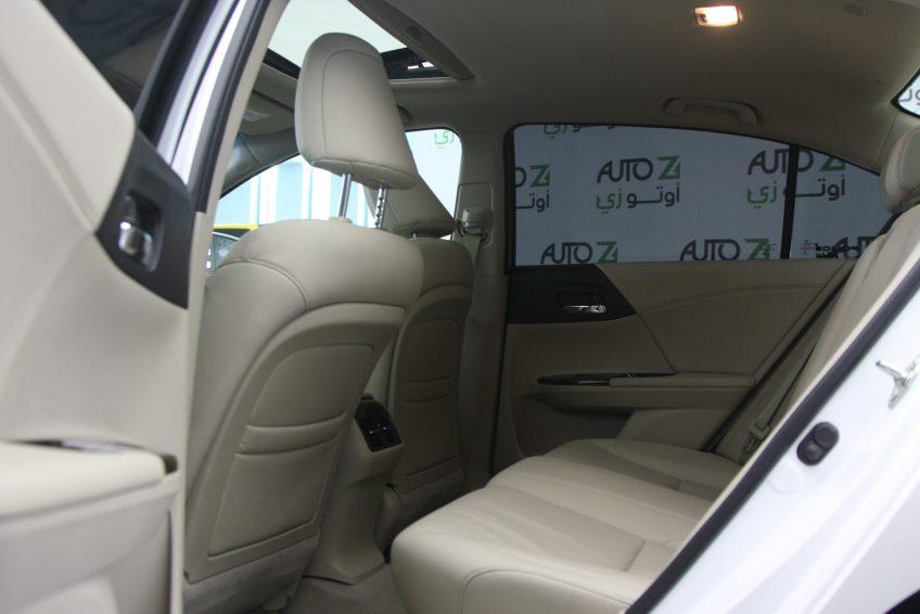 هوندا أكورد مستعملة 2014 من الداخل