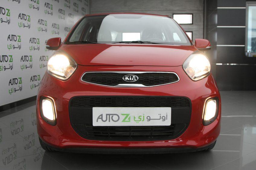 صورة أمامية لسيارة كيا بيكانتو حمراء من اوتو زي قطر