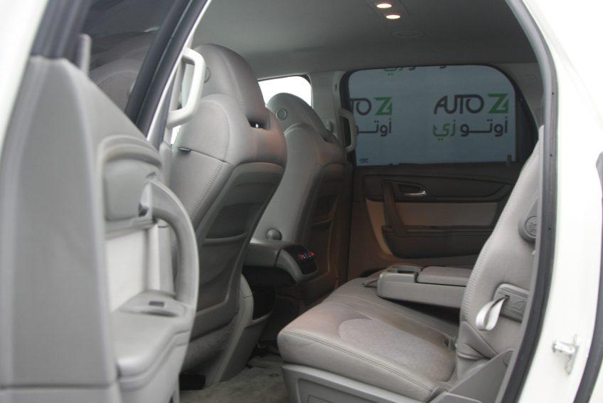 جي ام سي اكاديا مستعملة 2013 من الداخل