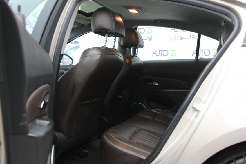 Chevrolet Cruze LT 2013 interior