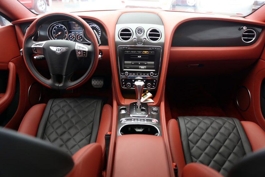 Black used white Bentley Continental GT V12 interior