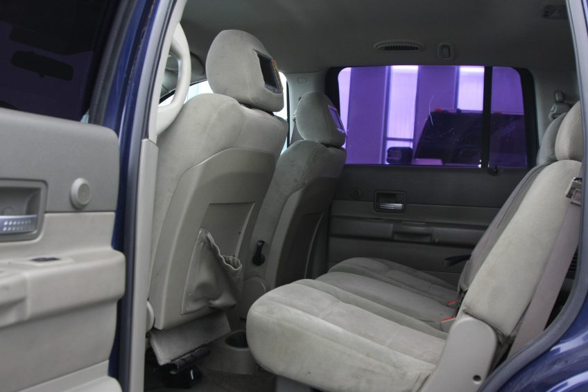 Blue Dodge Durango SLT interior