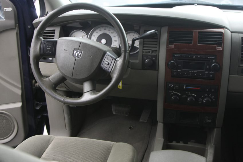 Blue Dodge Durango SLT dashboard