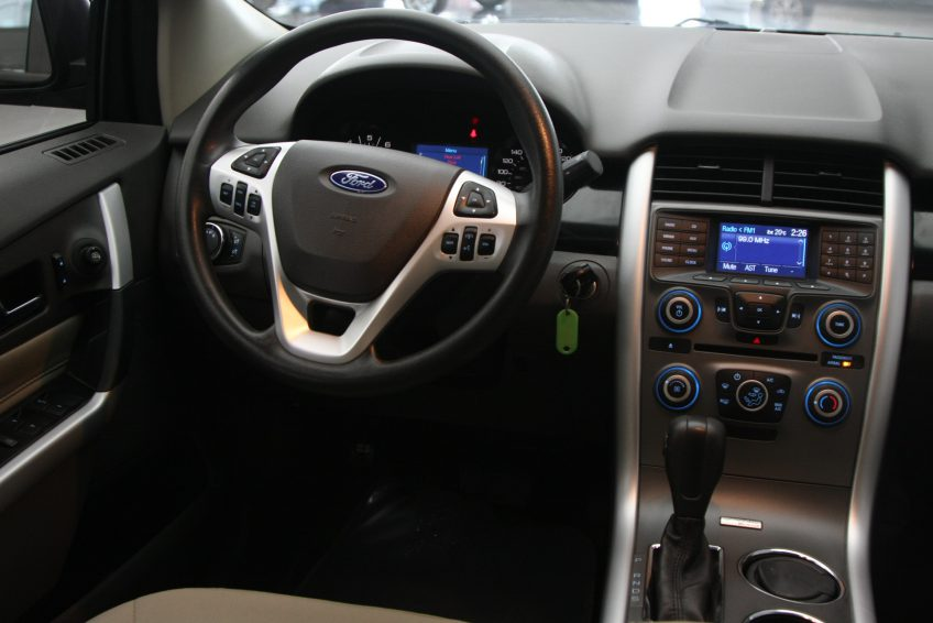 New Black Ford Edge V8 dashboard