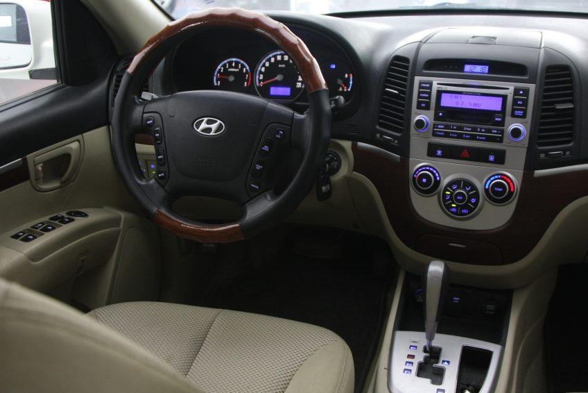 صورة لوحة التحكم من سيارة هيونداي سنتافي مستعملة من اوتو زي قطر