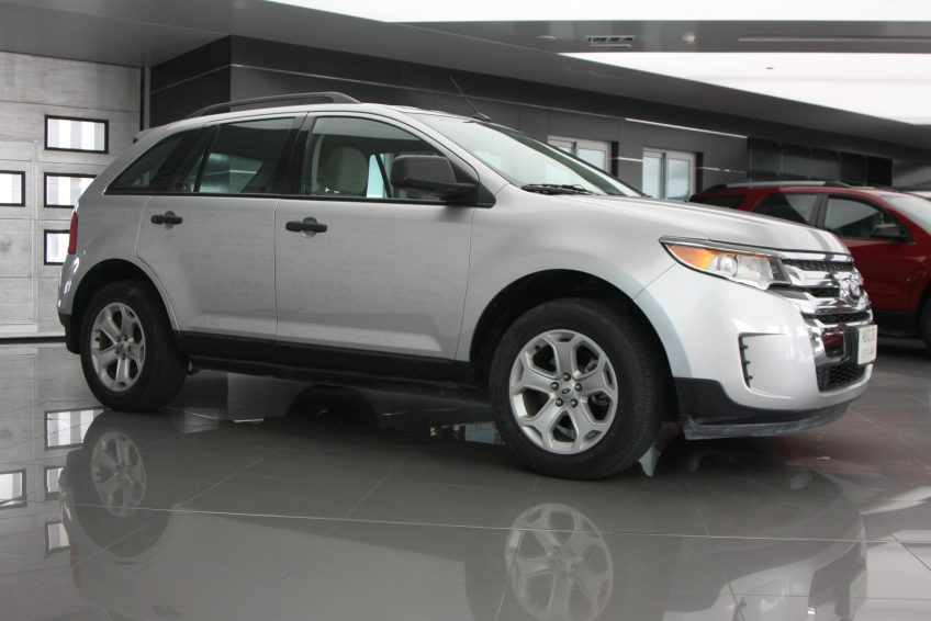 Used Ford Edge V6 at autoz Qatar