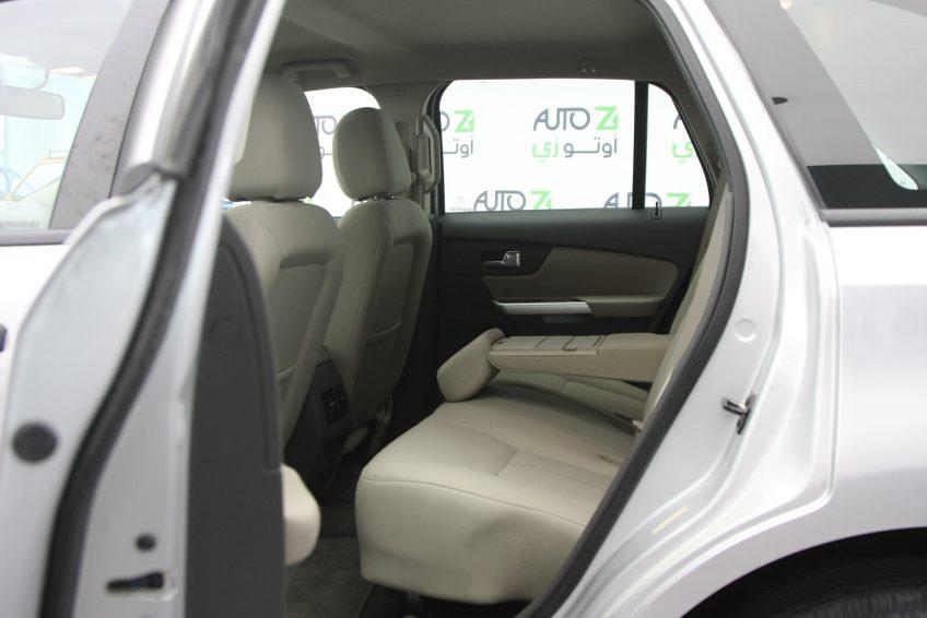 Used Ford Edge V6 interior
