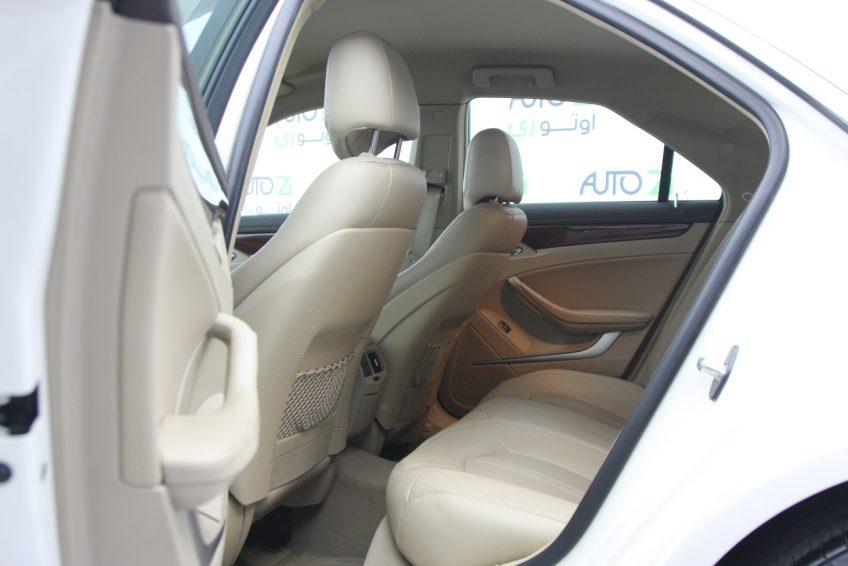 White Cadillac CTS V6 interior