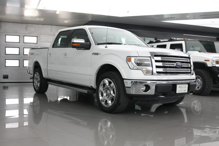 Used White Ford F-150 at autoz Qatar