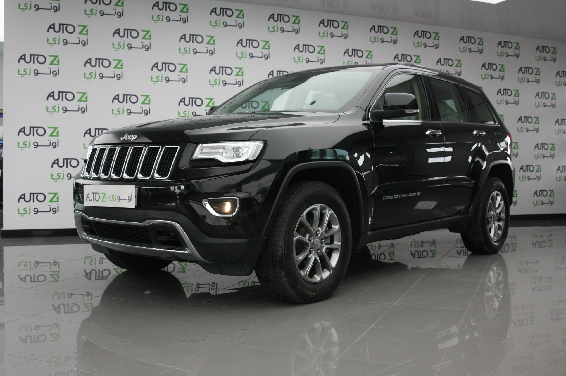 jeep grand cherokee limited autoz qatar. Black Bedroom Furniture Sets. Home Design Ideas