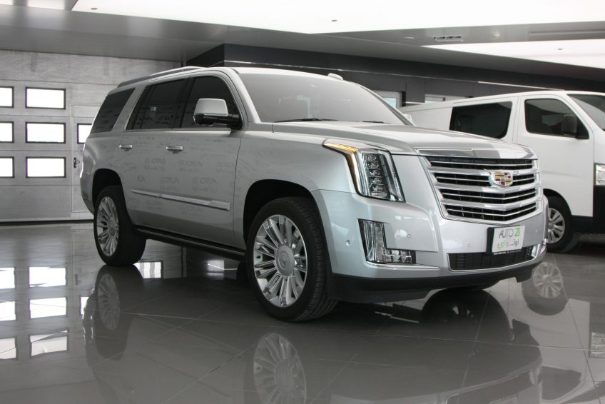 Used Cadillac Escalade Platinum at autoz Qatar