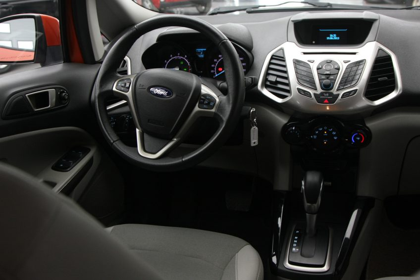 Used Ford Eco Sport dashboard